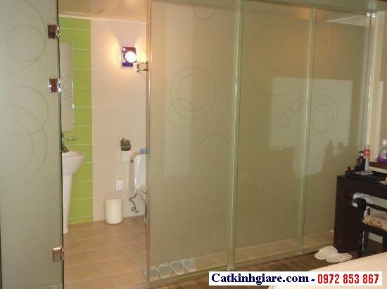 Cửa kính phòng tắm trượt ngang