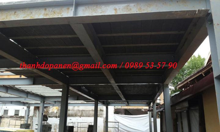 Sàn panel nhẹ được lắp đặt sau khi thi công song khung thép