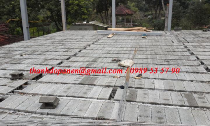 Sàn panel nhẹ bao gồm thanh dầm dự ứng lực và gạch bê tông nhẹ block