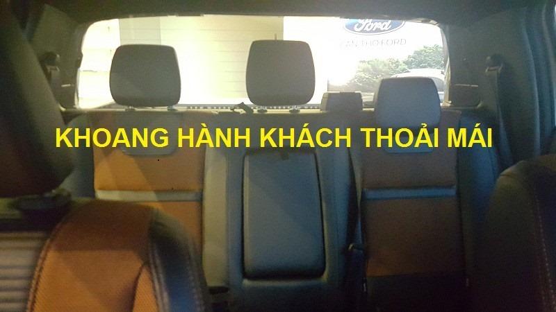 Ford Ranger Wildtrak 3.2 với khoang hành khách thoải mái