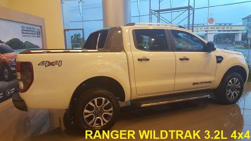 Ford Ranger Wildtrak 3.2 sử dụng động cơ 3.2 L