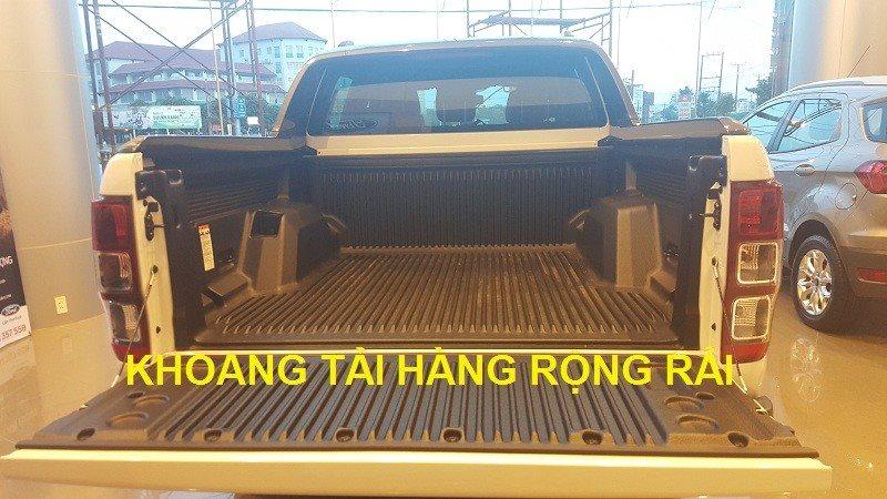 Ford Ranger Wildtrak 3.2 có khoang tải hàng rộng rãi
