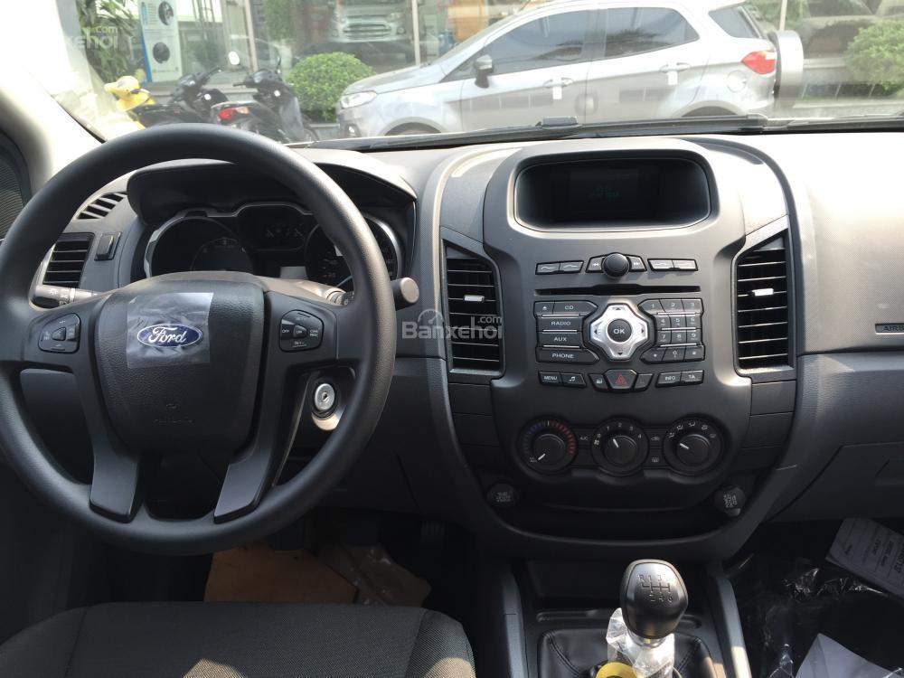 Nội thất Ford Ranger XLS MT, L/h: 0963483132