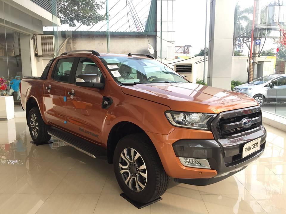 Ford Ranger Wildtrak 3.2 giá rẻ đang bán tại Việt Nam