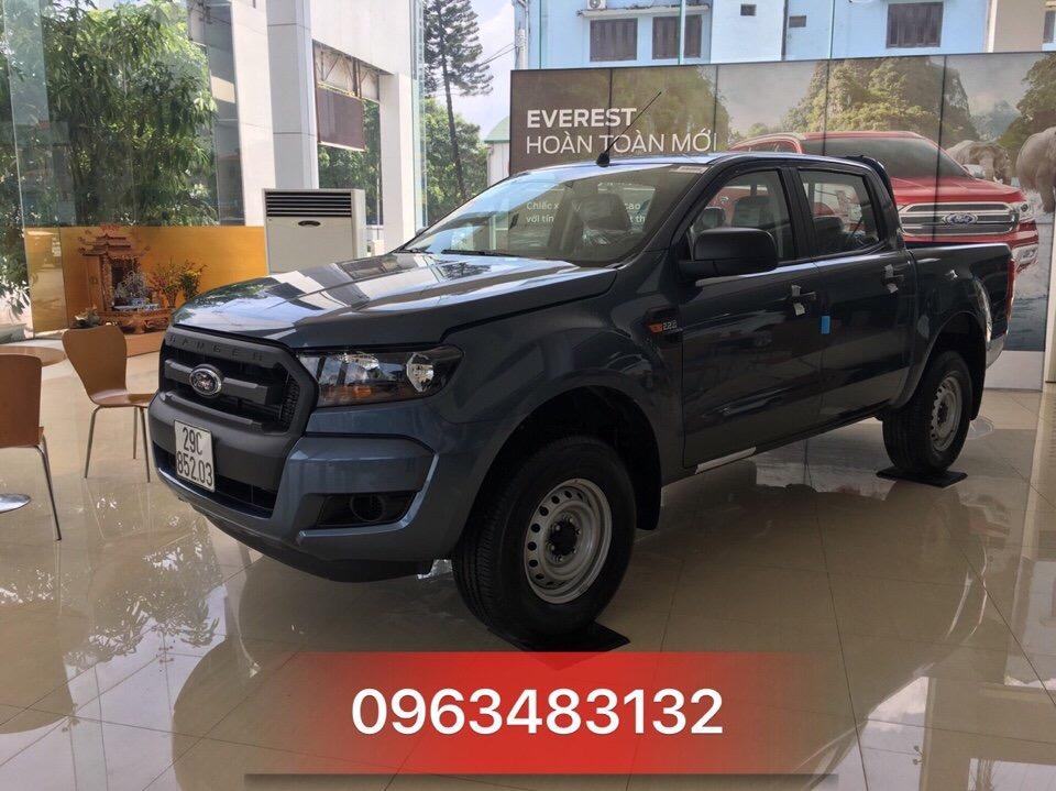 Ford Ranger XL 4x4 MT giá rẻ đang bán tại Việt Nam