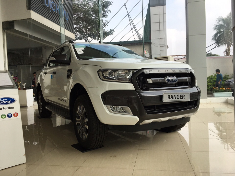 Xe Ford Ranger Wildtrak 2.2 AT 4x2