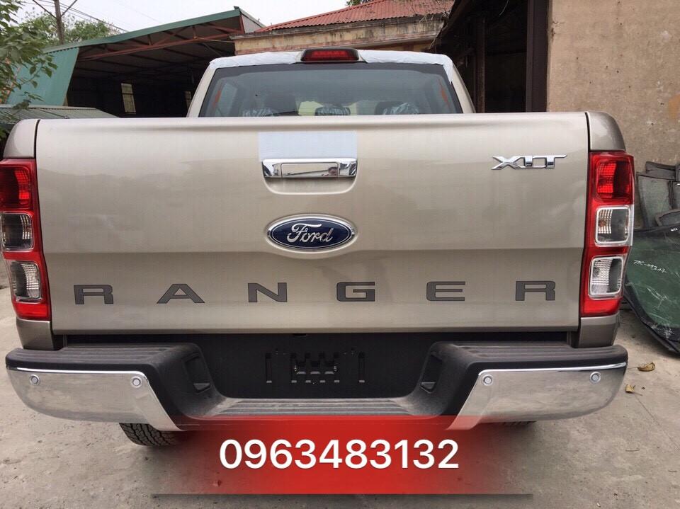 Ford Ranger XLT 4x4 MT 2017 - Màu Vàng Cát - Giao xe ngay tại An Đô Ford