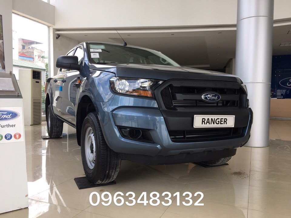 Xe Ford Ranger XL 4x4 MT