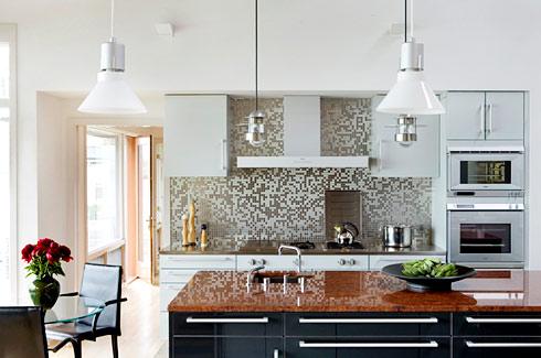 Máy hút mùi cao cấp loại bỏ mùi thức ăn khó chịu trong căn bếp gia đình