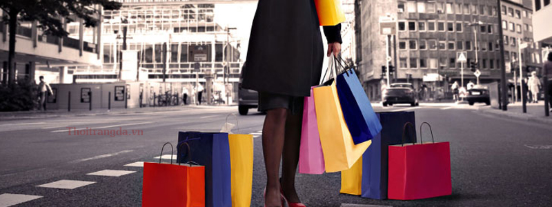 Mua ngày giày mọi nam giá rẻ chỉ với 1 click chuột