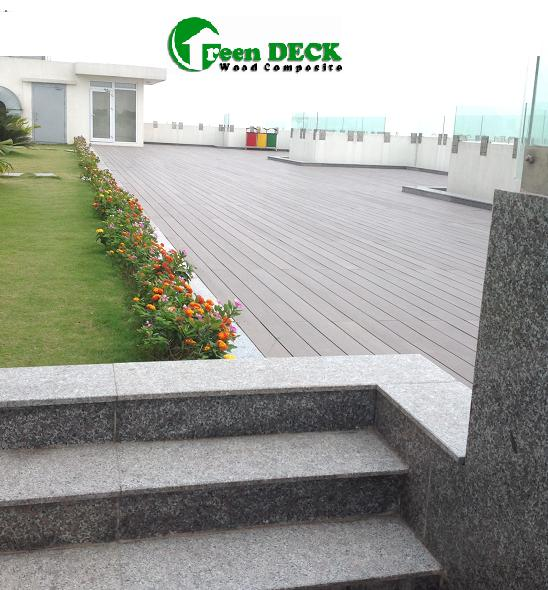 Sàn gỗ sân thượng Hoa Binh green