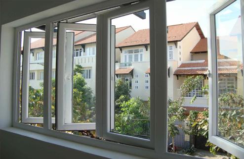 cửa nhựa lõi thép - của sổ mở quay