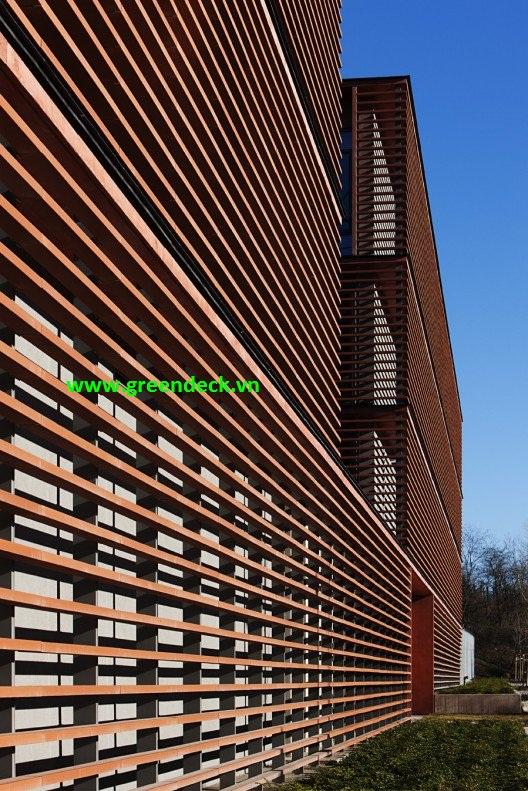 Lam gỗ chắn nắng