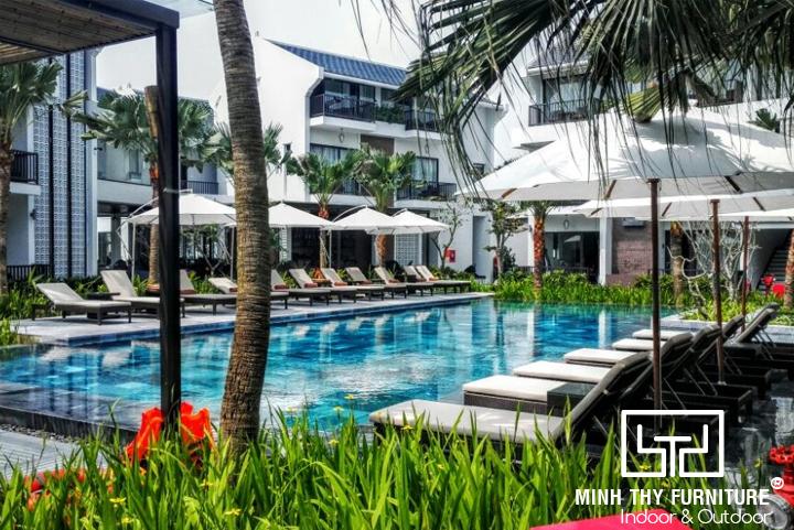 Senvila Boutique Hoi An Resort & Spa chọn Minh Thy Furniture là nhà cung cấp Ghế hồ bơi