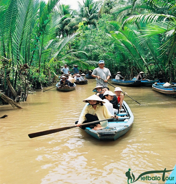 tour mỹ tho chèo đò trên rạch dừa nước