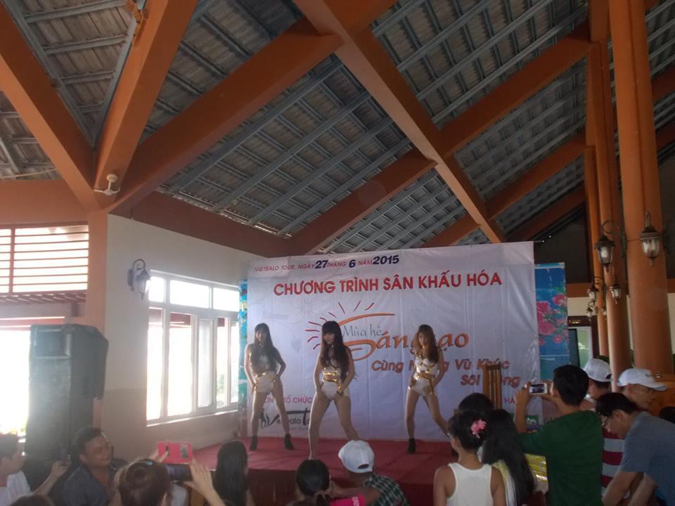 nhảy dancing trong gala công ty deamyung