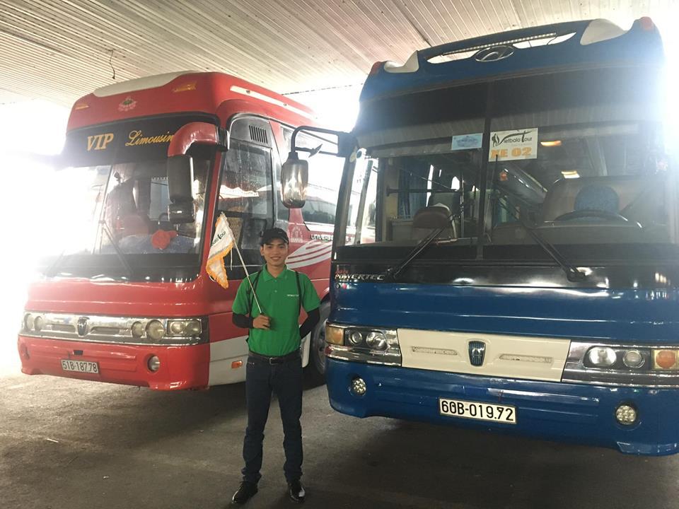 Xe thăm quan du lịch Vietbalo