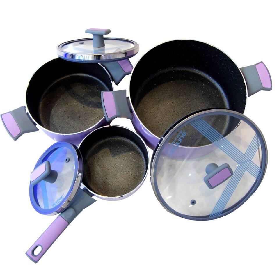 Vung kính dễ dàng nhìn thức ăn khi nấu