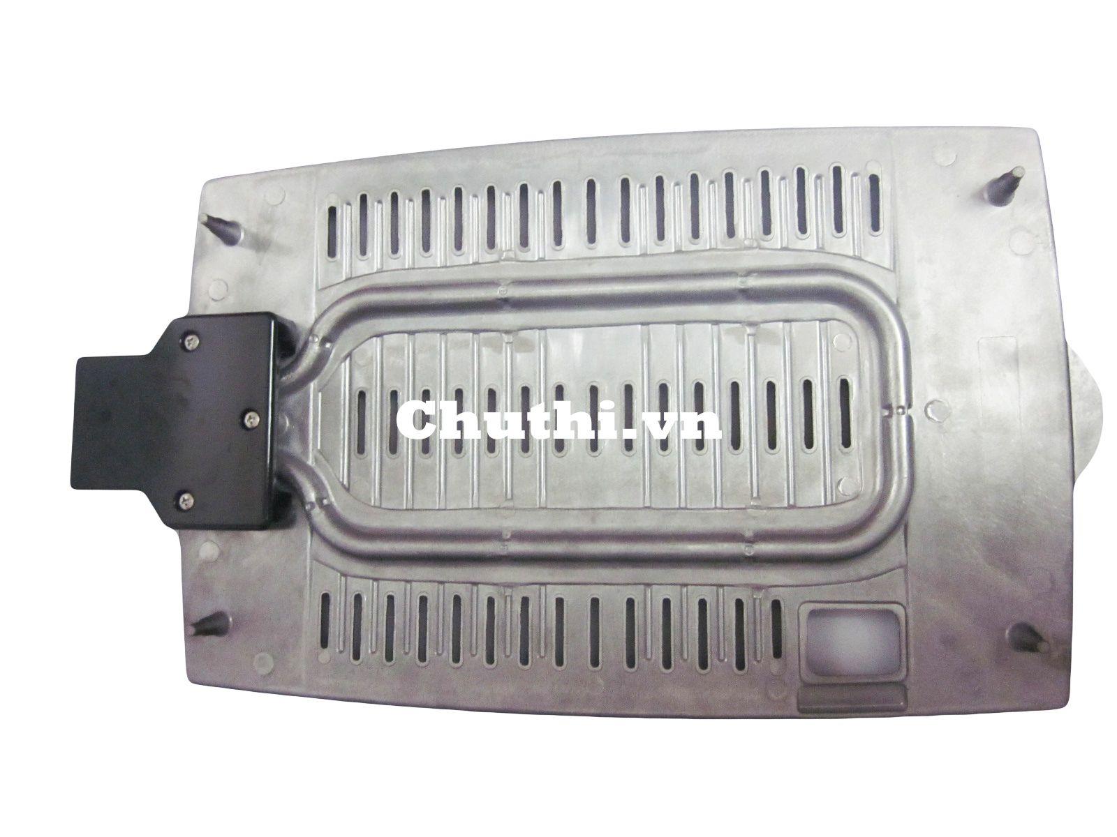 Với bộ phận sinh nhiệt bằng sợi đốt chống dính được bảo vệ an toàn
