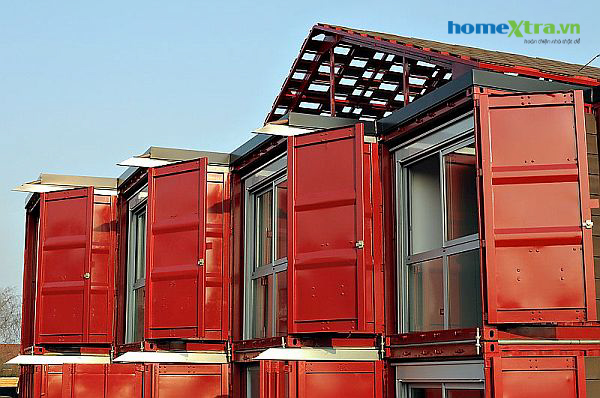 26-two-storey-container-house