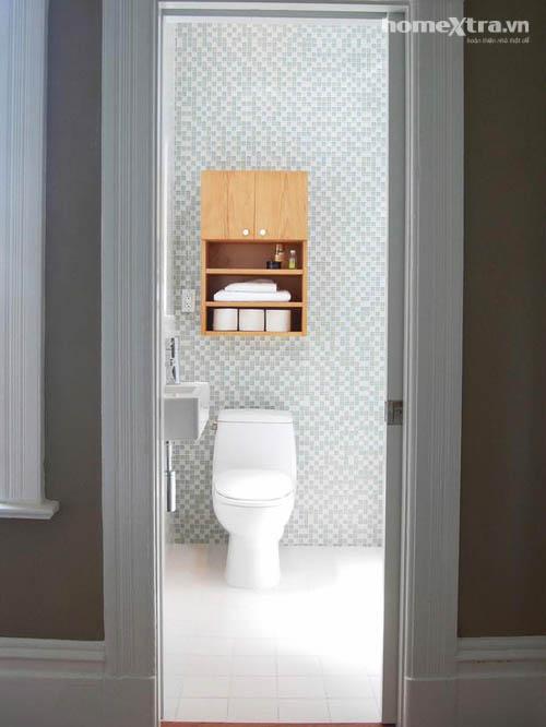 Nhét bồn tắm 'vừa khít' toilet chỉ 3m2 - 4