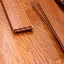thanh ván sàn gỗ sồi đỏ có màu vân rất đẹp