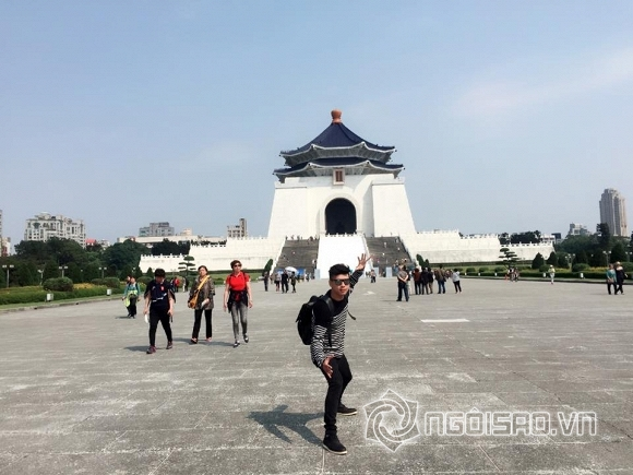 Theo chân Hồ Quang Hiếu để khám phá tiên cảnh trên thế giới