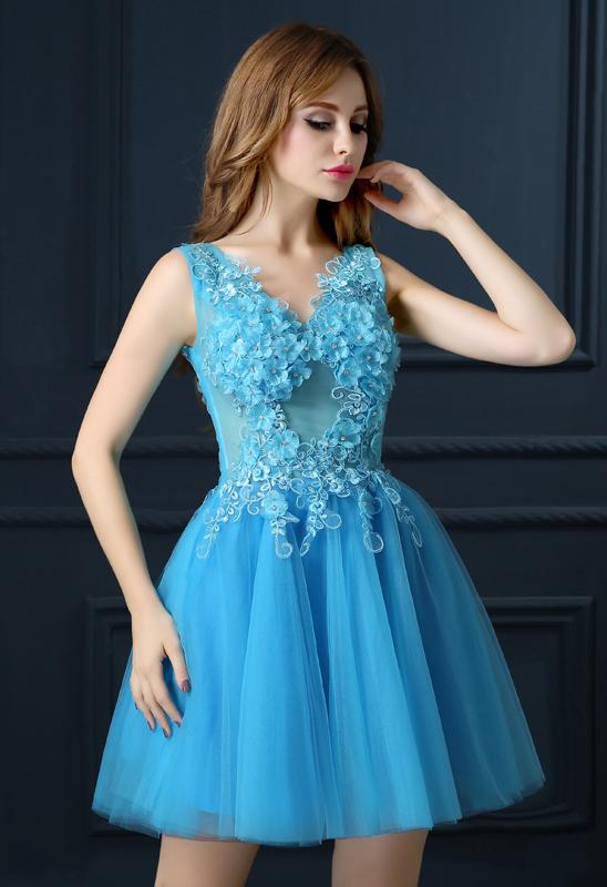 váy-dạ-hội-xòe