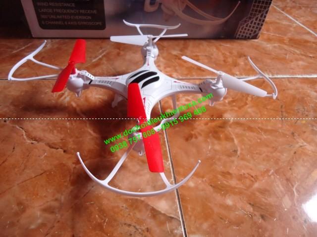 mô hình máy bay điều khiển từ xa mini