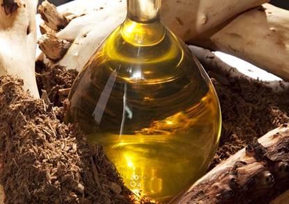 http://www.fengshuidana.com/wp-content/uploads/2011/11/p_home_sandalwood-oil.jpg