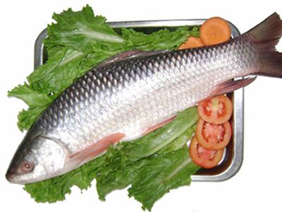 Canh đông trùng hạ thảo với cá ngọt và táo đỏ