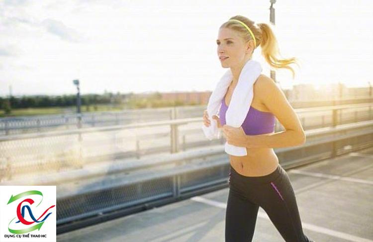 Chạy bộ thể dục tốt cho xương khớp