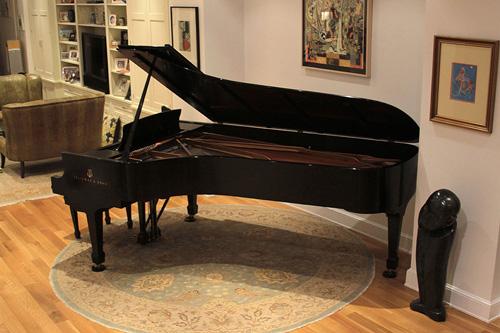 Nên mua đàn piano cũ hay mới