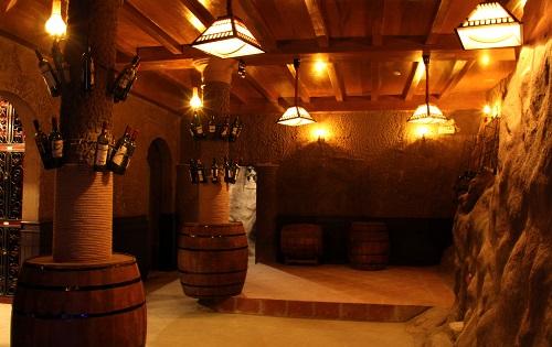 Hầm rượu Pháp De Bay