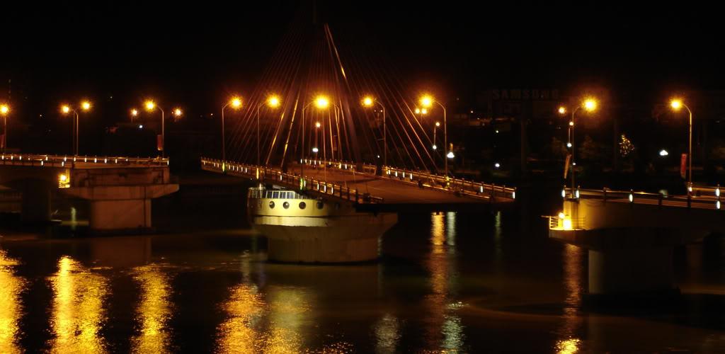 Cầu quay Sông Hàn - Du lịch Đà Nẵng 4 ngày 3 đêm