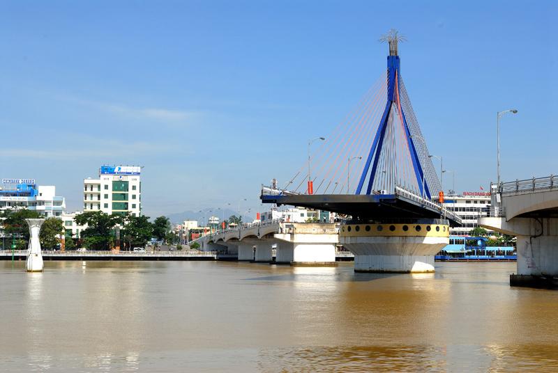 Cầu Sông Hàn - Du lịch Đà Nẵng 4 ngày 3 đêm