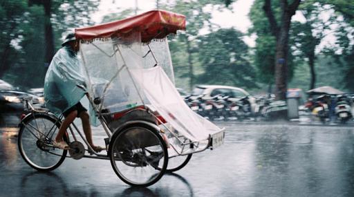 Kinh nghiệm du lịch Đà Nẵng vào mùa mưa - xích lô