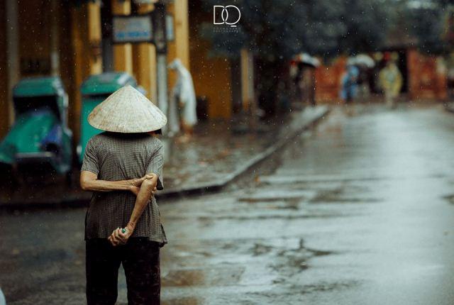 Kinh nghiệm du lịch Đà Nẵng vào mùa mưa - Hội An trong cơn mưa