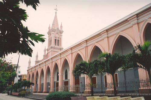 5 địa điểm phải dẫn người yêu đi ở Đà Nẵng - nhà thờ lớn