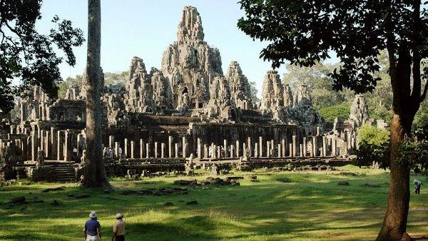 Đền Bayon - Du lịch Campuchia 4 ngày 3 đêm