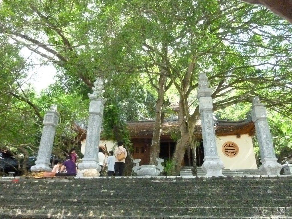 Đền cấm - Tuyên Quang