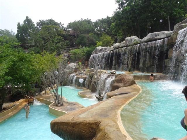 Suối khoáng nóng Nha Trang