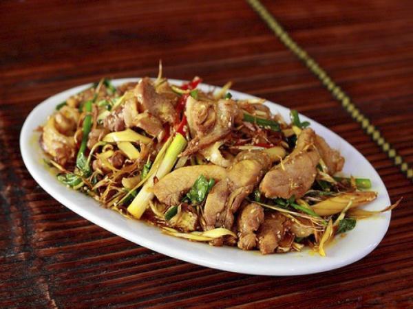 Thịt đà điểu xào xả ớt - Yang Bay