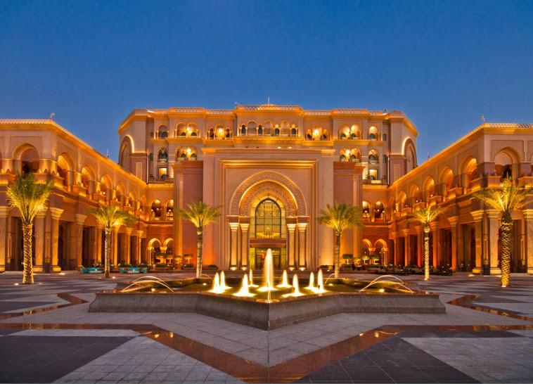 khách sạn Emirates Palace