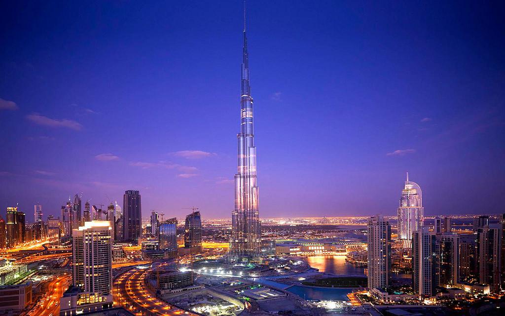 Tòa tháp Burj Khalifa - Du lịch Dubai 6 ngày 5 đêm