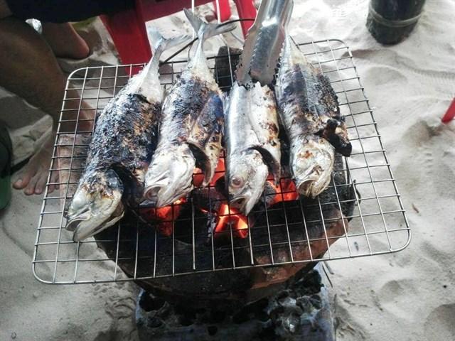 Cá Sòng Nướng - đặc sản nổi tiếng Phú Quốc