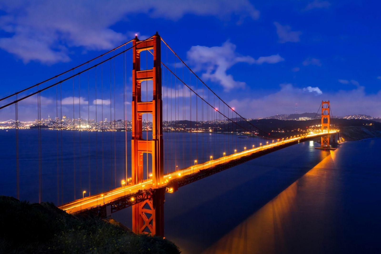 Du lịch phượt Mỹ vào thời điểm nào? cầu cồng vàng