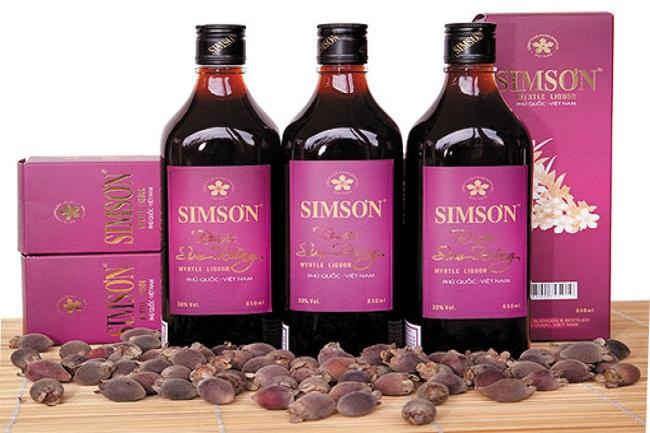 Rượu Sim Phú Quốc - 7 đặc sản nổi tiếng nhất Phú Quốc