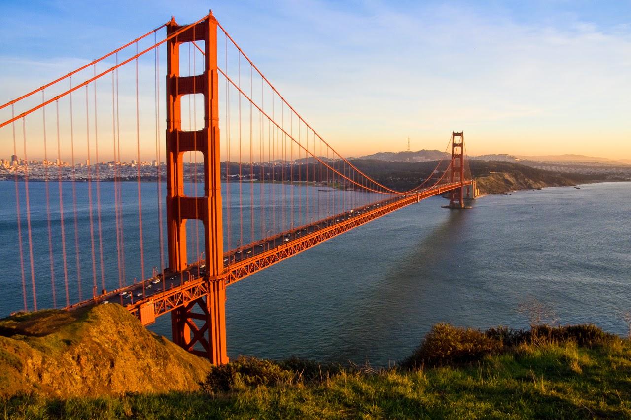 cầu cổng vàng ở san francisco Mỹ