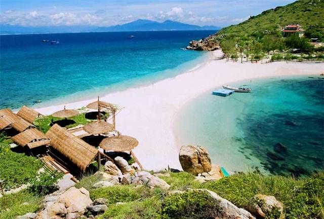 Bãi tắm đôi ở Nha Trang - Du lịch Nha Trang 3 ngày 2 đêm